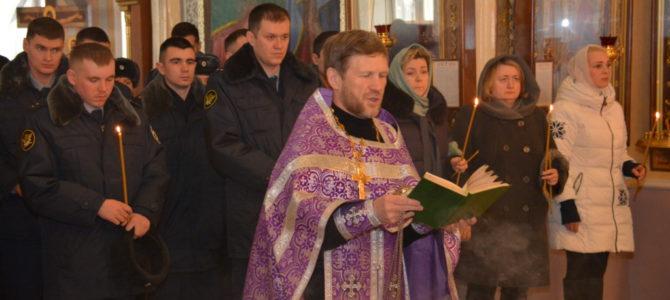В соборе Святой Троицы Ижевска прошла панихида по погибшим сотрудникам УФСИН